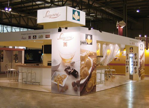 Lazzaroni exhibition stand at CIBUS in Parma 2007 designed by Axis Design Maior (AD Maior)