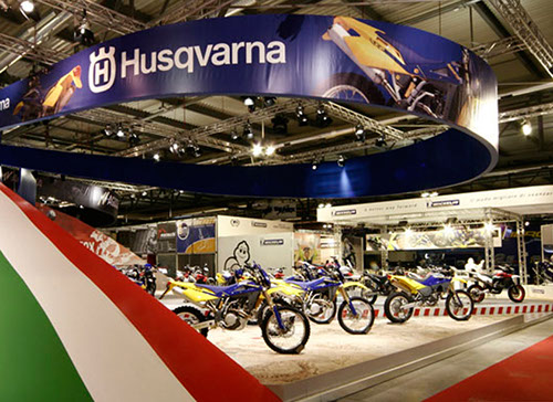 Husquarna exhibition stand at EICMA designed by Axis Design Maior (AD Maior)